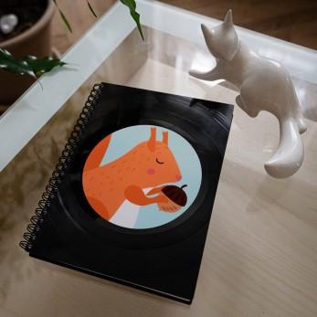 Diář z vinylových desek 2021 - Veveruška