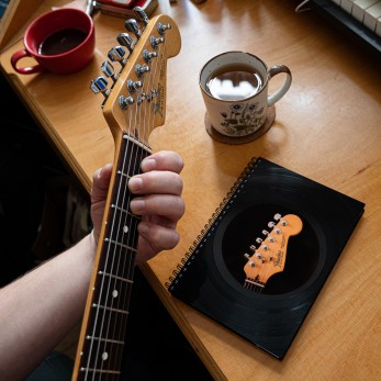 Diář z vinylových desek 2021 - Kytara
