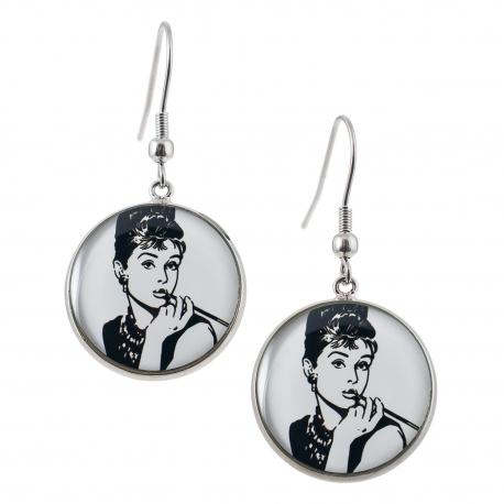 Kulaté visací náušnice Epoxy - bílé - Audrey Hepburn