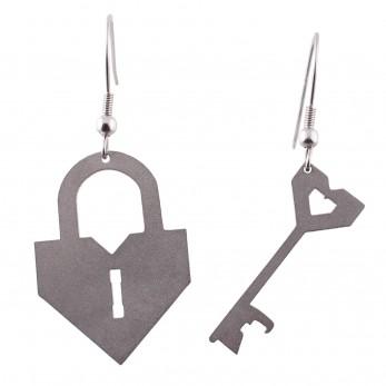 Visací ocelové náušnice - Zámek a klíč