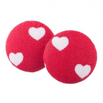 Malé buttonkové náušnice potažené látkou - Červenobílá Srdíčka